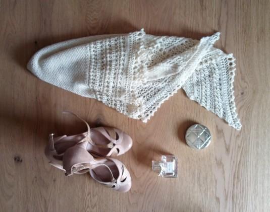 morue henslowe wedding shawl 2