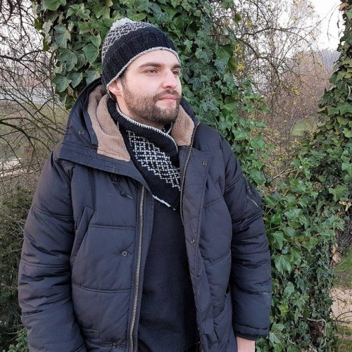makerist-bonnet-snood-jacquard-tricot-homme-4