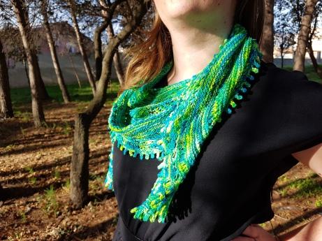 shawl-hedgehob-fibers-rosa-rosae-mam-zelle-flo-morue-bounce-vert-3