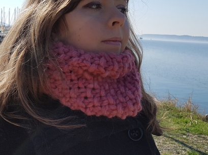 downtown-snood-we-are-knitters-wool-rose-pink-morue-2