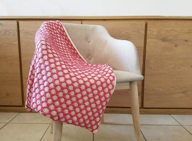 bee blanket we are knitters knit cotton malabar couverture abeille naissance chat bébé 1