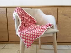 bee blanket we are knitters knit cotton malabar couverture abeille naissance chat bébé 2