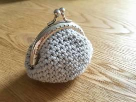 atelier tricot crochet créatif vieille morue porte monnaie vintage