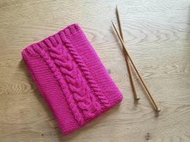ateliers créatifs vieille morue tricot pochette étui torsade