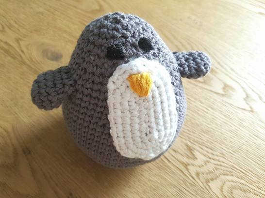 amigurumi doudou peluche pingouin crochet animal vieille morue