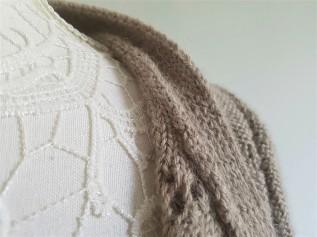 vieille morue knit tricot phildar pull lavalière manche ballon point ajouré jour dentelle femme rentré we are knitters baby alpaga 16