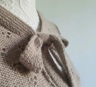 vieille morue knit tricot phildar pull lavalière manche ballon point ajouré jour dentelle femme rentré we are knitters baby alpaga 8