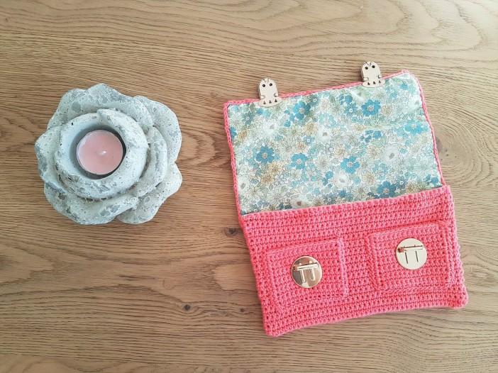 vieille morue mini cartable trousse pochette crochet maille serrée isabelle kessedjian mondial tissu rico design coton 10