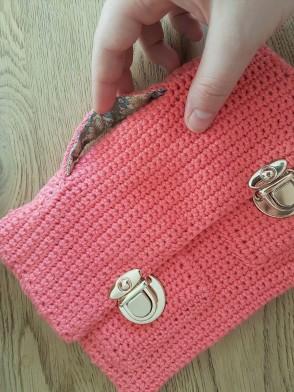 vieille morue mini cartable trousse pochette crochet maille serrée isabelle kessedjian mondial tissu rico design coton 2