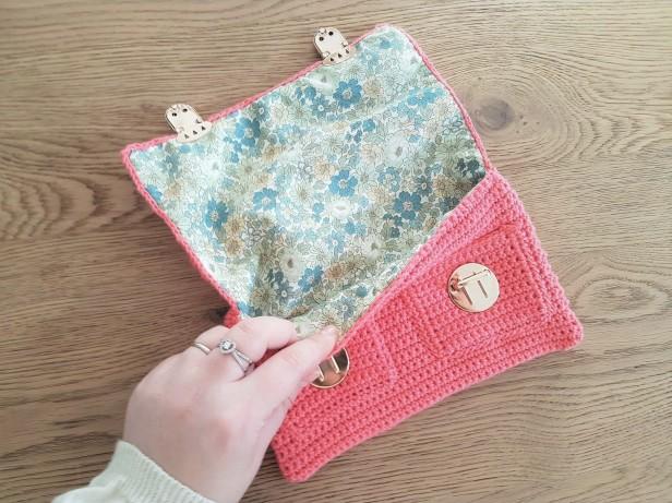vieille morue mini cartable trousse pochette crochet maille serrée isabelle kessedjian mondial tissu rico design coton 6