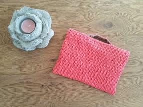 vieille morue mini cartable trousse pochette crochet maille serrée isabelle kessedjian mondial tissu rico design coton 7