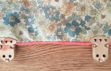 vieille morue mini cartable trousse pochette crochet maille serrée isabelle kessedjian mondial tissu rico design coton 8