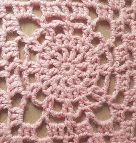 Vieille morue plaid chouette kit rico design couverture couvre lit crochet hook granny 8 le for Couverture lit design