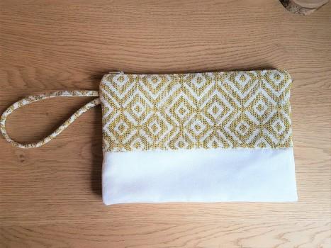 pochette mila mouna sew vieille morue kit couture mode aztèque géométrique suédine jacquard 1
