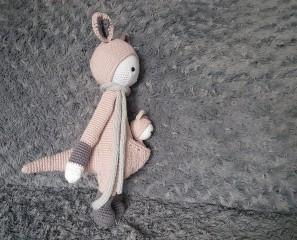vieille morue lalylala kira kangourou kangaroo amigurumi crochet 18