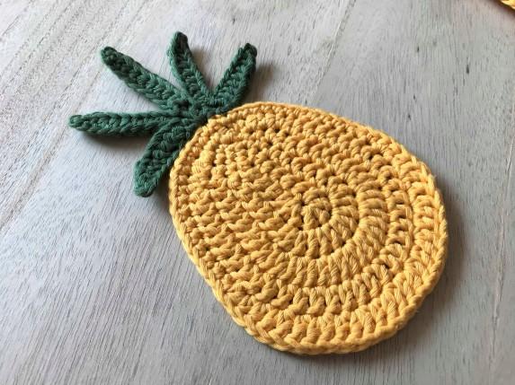 ananas pineapple coaster dessous de verre déco table crochet by hand london vieille morue grand 3