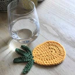 ananas pineapple coaster dessous de verre déco table crochet by hand london vieille morue verre 2