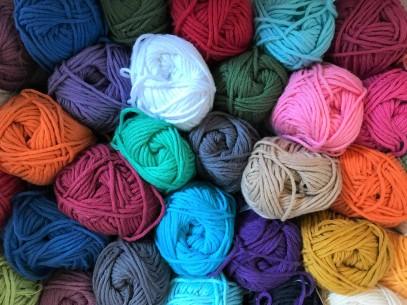 6 raisons de ne pas apprendre commencer tricot tricoter crochet crocheter vieille morue 2