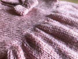 bergère de france layette calinou robe fronces noeud pression fille vieille morue 11