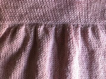 bergère de france layette calinou robe fronces noeud pression fille vieille morue 6