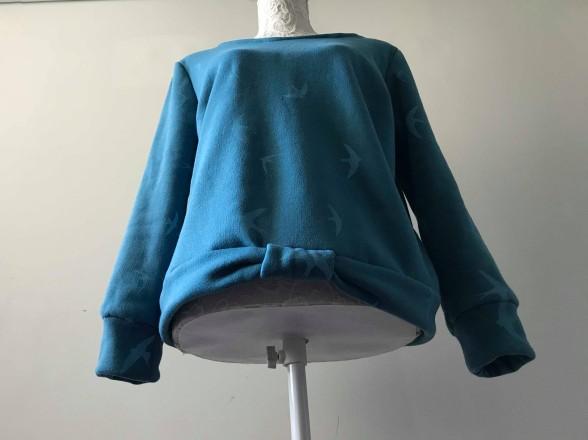 so sweet sweat delphine et morissette couture patron tissu bleu motif oiseau vieille morue 10