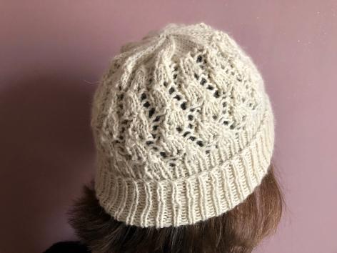 bonnet dentelle phildar the wool cat collaboration kit tricot alpaga laine dentelle lace hat knit vieille morue 4
