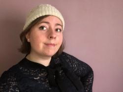bonnet dentelle phildar the wool cat collaboration kit tricot alpaga laine dentelle lace hat knit vieille morue 6