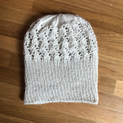 bonnet dentelle phildar the wool cat collaboration kit tricot alpaga laine dentelle lace hat knit vieille morue 8