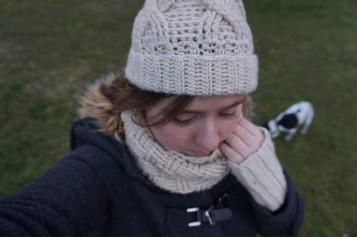 chouette kit crochet ensemble bonnet mitaines snood point de vannerie scott calendrier avent cotton merino concept katia vieille morue 11