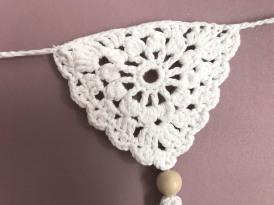 fanion mollie makes 17 lulu loves guirlande boho crochet perle la droguerie marchande de couleurs vieille morue 2
