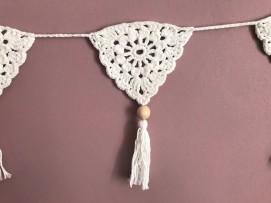 fanion mollie makes 17 lulu loves guirlande boho crochet perle la droguerie marchande de couleurs vieille morue 7