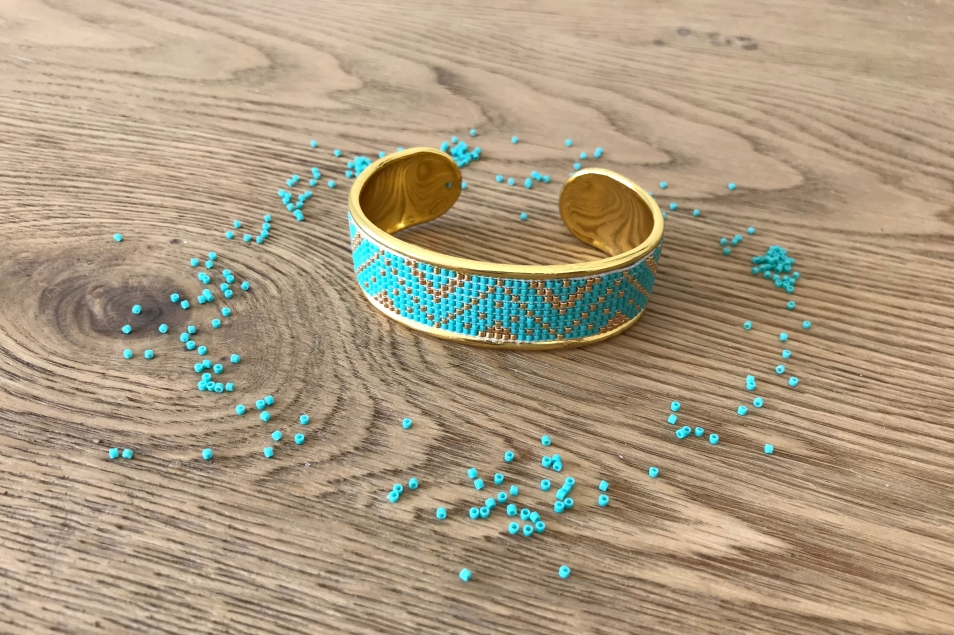 bracelet-manchette-tissage-miyuki-metier-tisser-perles-sun-enterprises-la-droguerie-perlesandco-vieille-morue-3.jpg
