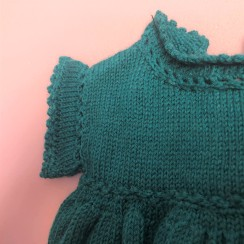 vieille morue phildar lambswool emeraude robe isis layette tricot crochet 6 mois automne hiver 4