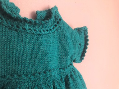 vieille morue phildar lambswool emeraude robe isis layette tricot crochet 6 mois automne hiver 5