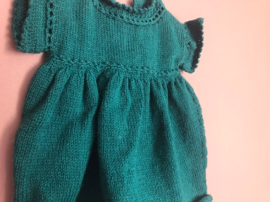 vieille morue phildar lambswool emeraude robe isis layette tricot crochet 6 mois automne hiver 6