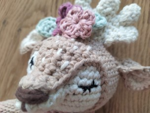 Wolltastisch Handmade mini matilda drops paris garnstudio vieille morue renne amigurumi 8