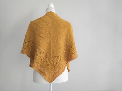 freia frost shawl chale trin annelie knits tricot bio balance bc garn vieille morue 1