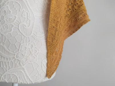 freia frost shawl chale trin annelie knits tricot bio balance bc garn vieille morue 6
