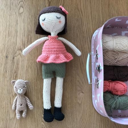 ligne retro suzanne et pompon poupée crochet doll drops paris vieille morue 6