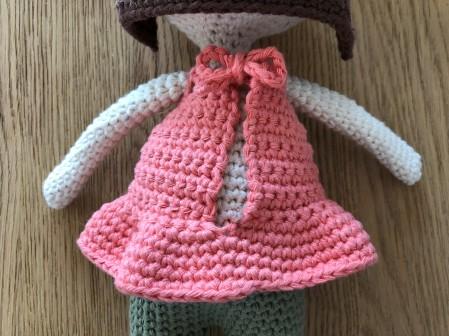 ligne retro suzanne et pompon poupée crochet doll drops paris vieille morue 8